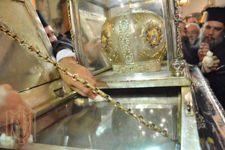 Το θαύμα του Μύρου Αγίου Δημητρίου στη Θεσσαλονίκη (ΦΩΤΟ-ΒΙΝΤΕΟ)