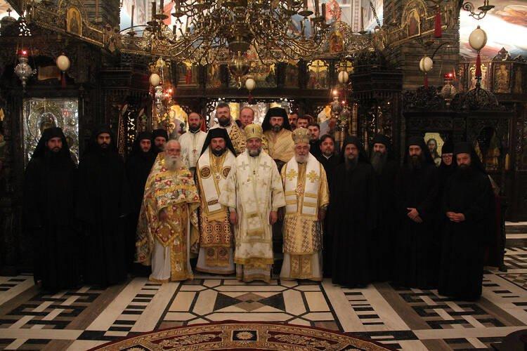 Συλλείτουργο Μητροπολίτου Φωκίδος μετά Αρχιερέων της αυτοκεφάλου Ουκρανικής Εκκλησίας (ΦΩΤΟ)