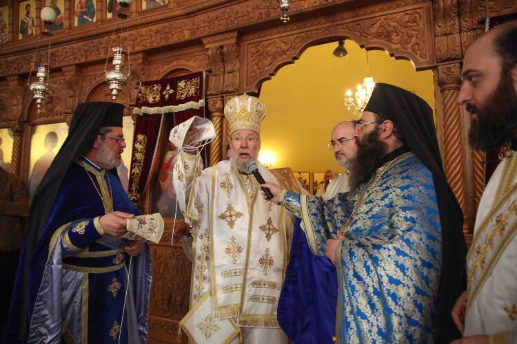Χειροτονία Διδάκτορος Θεολογίας σε Διάκονο από τον Αρχιεπίσκοπο Κύπρου