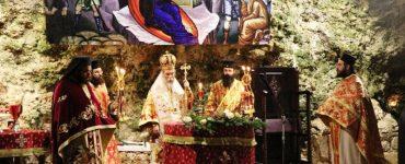 Σπήλαιο Μαραθοκεφάλα: Χριστουγεννιάτικη Νυκτερινή Θεία Λειτουργία