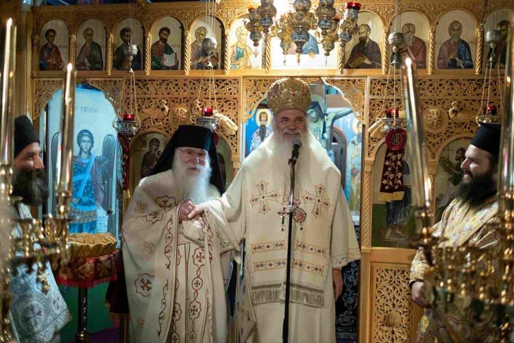 Πρώτη Θεία Λειτουργία Μητροπολίτου Μεσογαίας στη Μονή Θεοσκεπάστου Κερατέας
