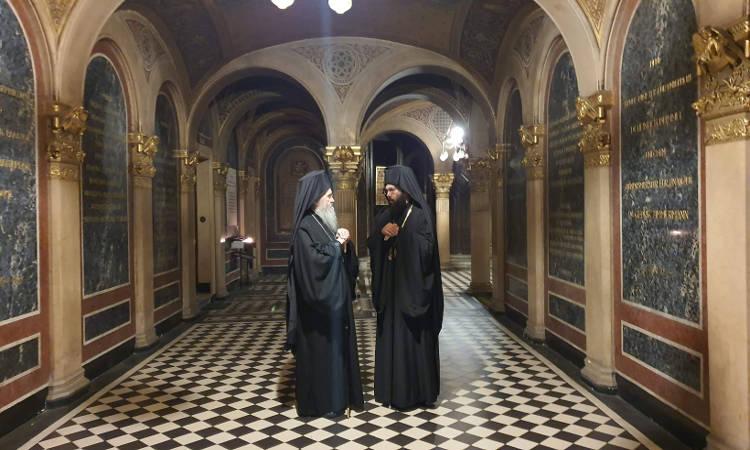 Ο Μητροπολίτης Ναυπάκτου στην Ιερά Μητρόπολη Αυστρίας (ΦΩΤΟ)