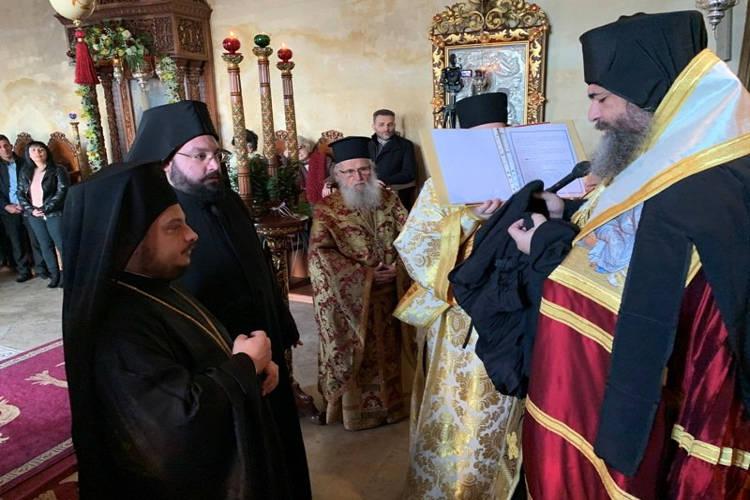 Χειροθεσία Μοναχού και χειροτονία Διακόνου στη Μονή Χρυσοσκαλιτίσσης