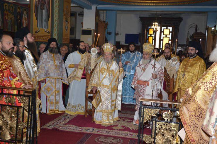 Η εορτή της Παναγίας της Παραμυθίας στο Αγρίνιο (ΦΩΤΟ)