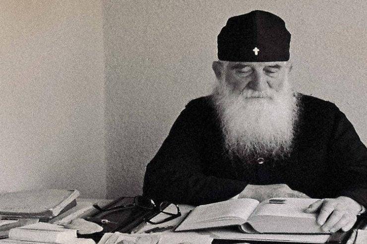 Οσίου Ιουστίνου Πόποβιτς: Με τον Θεάνθρωπο τα πάντα γίνονται παράδεισος