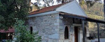Θάσος: Πυροβόλησαν εικόνες σε δύο Εκκλησάκια