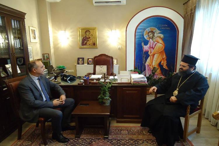 Ο Υπουργός Μακεδονίας Θράκης στον Μητροπολίτη Μαρωνείας