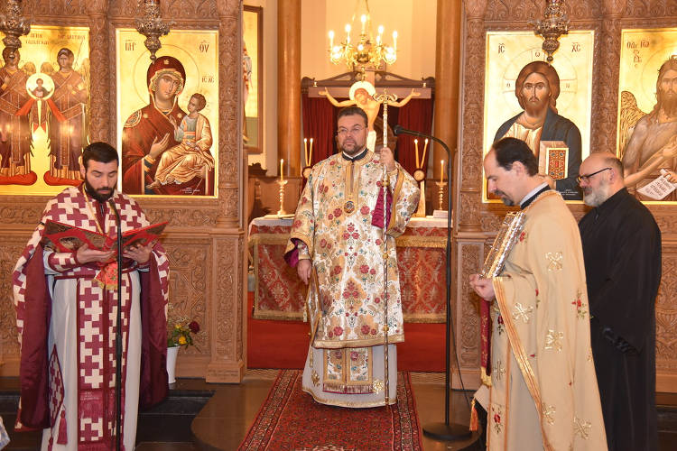 Πρώτη Θεία Λειτουργία του Επισκόπου Απολλωνιάδος