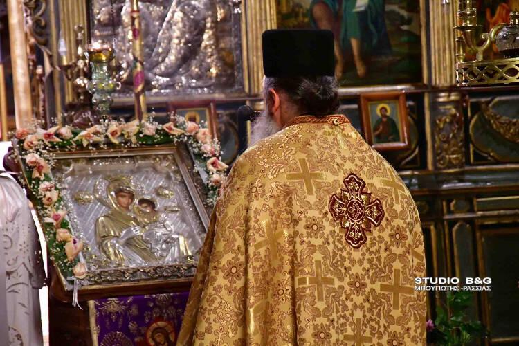 Οι Δ´ Χαιρετισμοί της Παναγίας στο Ναύπλιο (ΦΩΤΟ)
