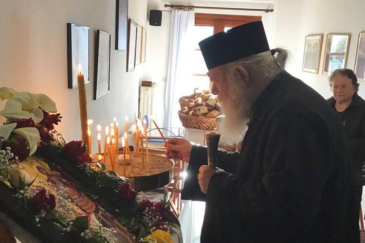 Ο Αρχιεπίσκοπος στη Μονή των Αγίων Θεοδώρων