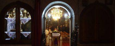 Β´ Στάση των Χαιρετισμών στην Παναγίας στη Σύρο
