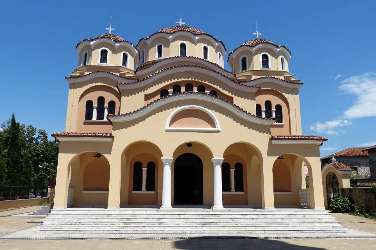 Προσευχή στα Παρεκκλήσια της Αλβανίας