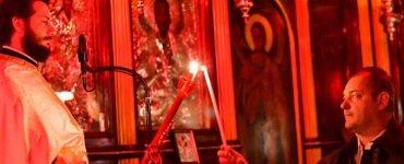 Ανάσταση στον Ιερό Ναό Αγίας Τριάδος Ναυπλίου (ΦΩΤΟ)