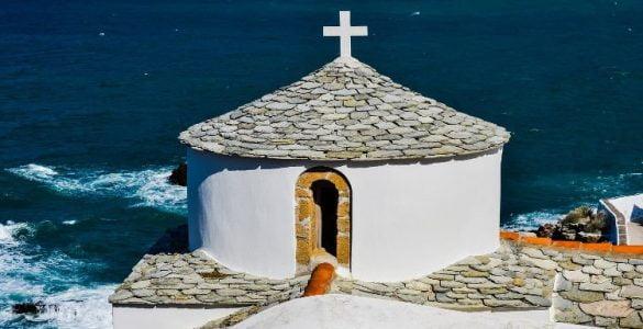 Οι Ακολουθίες της Μεγάλης Εβδομάδας στην Κρήτη