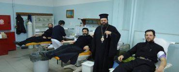 Εθελοντική αιμοδοσία από κληρικούς της Μητροπόλεως Μαρωνείας