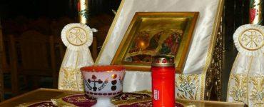 Το Άγιο Φως υποδέχθηκε η Καρδίτσα