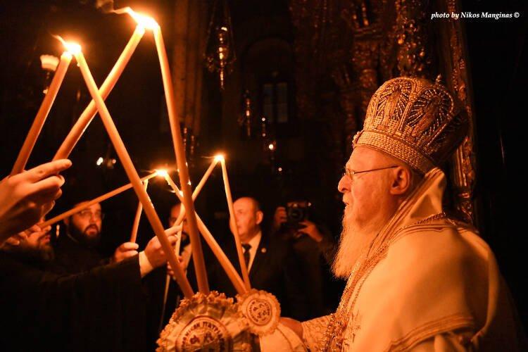 Με ιδιαίτερη λαμπρότητα εορτάστηκε η Ανάσταση στο Φανάρι (ΦΩΤΟ)