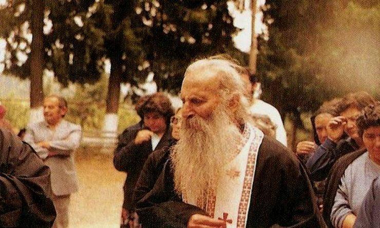 Άγιος Ιάκωβος Τσαλίκης: Να ποιος φοβάται και δεν θέλει την Θεία Κοινωνία! (ΒΙΝΤΕΟ)