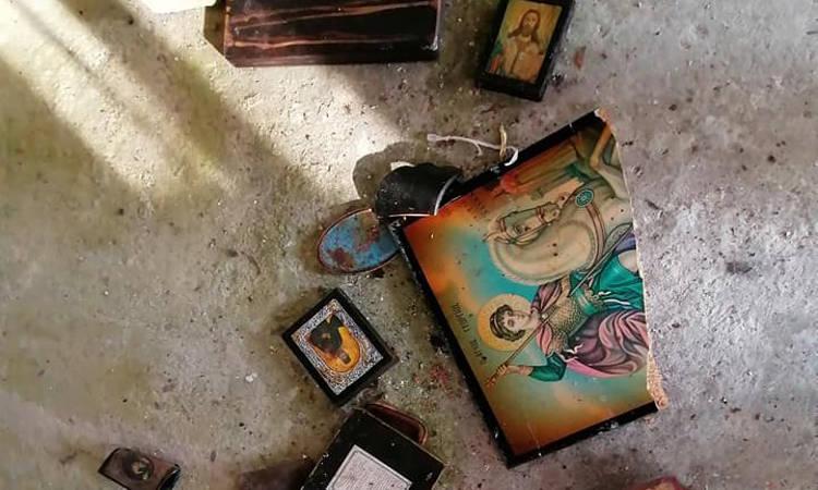 Βανδαλισμοί στη Παναγία Τσιραμδού στη Μόρια (ΦΩΤΟ)