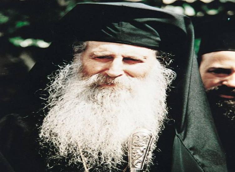 Άγιος Ιάκωβος Τσαλίκης: Πίστη στον Θεό και προσευχή