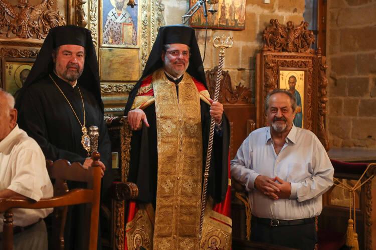 Πανηγυρικός Εσπερινός στο Μετόχι της Κατεχόμενης Μονής του Αποστόλου Βαρνάβα (ΦΩΤΟ)