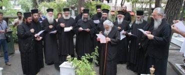 Χαρμόσυνα ήχησαν οι καμπάνες στη Μητρόπολη Εδέσσης για την Αγιοκατάταξη του Μητροπολίτου Εδέσσης Καλλινίκου