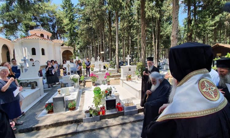 Πρώτη Παράκληση στον τάφο του αγίου Καλλινίκου Εδέσσης (ΦΩΤΟ)