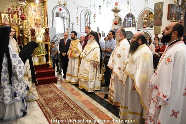 Πατριαρχική Θεία Λειτουργία στη Βασιλική της Γεννήσεως στη Βηθλεέμ