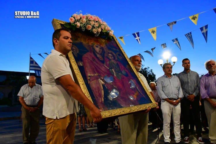 Η Νέα Κίος τιμά την Παναγία την Τριχερούσα (ΦΩΤΟ)