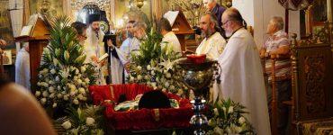 Συγκίνηση στην Εξόδιο Ακολουθία του μακαριστού Παπα - Γιάννη της Αμφίκλειας