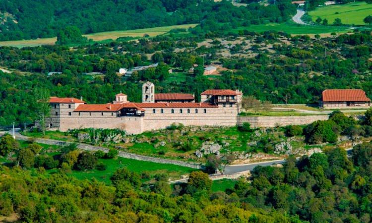 Πάνδημη υποδοχή της Τιμίας Κάρας του Οσίου Νικάνωρος στα Γρεβενά