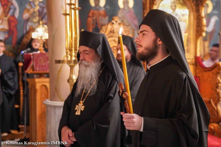 Κουρά Μοναχού στη Μονή Παναγίας Δοβρά Βεροίας (ΦΩΤΟ)