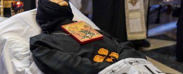 Εξόδιος ακολουθία Γερόντισσας Φιλοθέης Καθηγουμένης της Μονής Αγίας Κυριακής Λουτρού (ΦΩΤΟ)