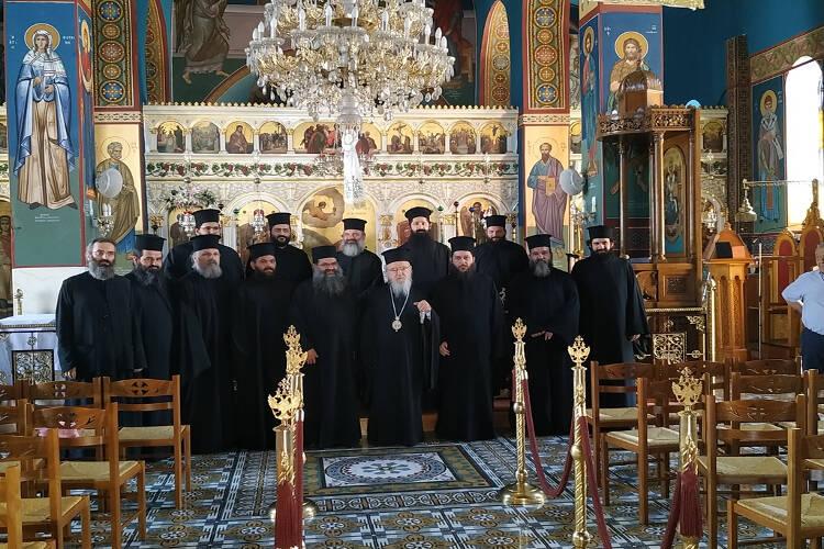 Αιτωλίας Κοσμάς: Εισέρχεσαι στην Ιερωσύνη σε ημέρες που πολεμείται πολύ η Ορθοδοξία και ο Χριστός μας (ΦΩΤΟ)