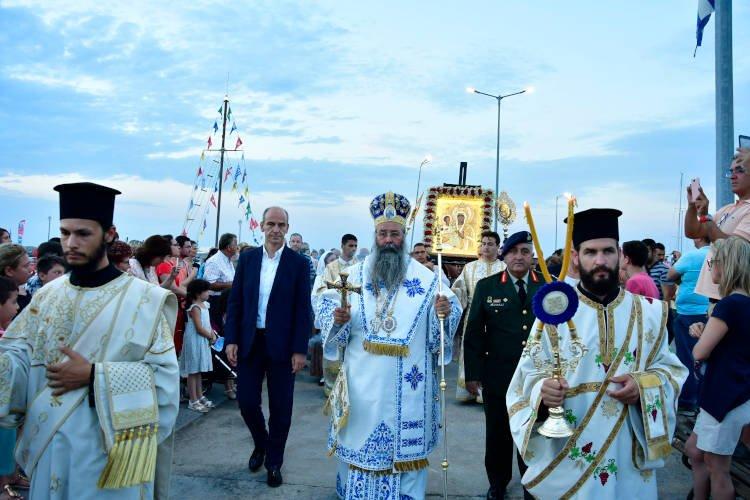 Ο Πλαταμώνας υποδέχτηκε την Παναγία την Τριχερούσα (ΦΩΤΟ)