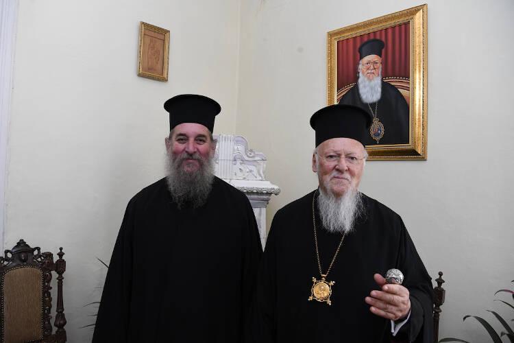Ο Οικουμενικός Πατριάρχης θα αναλάβει την δαπάνη ανεγέρσεως στην γενέτειρά του Ίμβρο μίας Στέγης Φροντίδας Ηλικιωμένων (ΦΩΤΟ)
