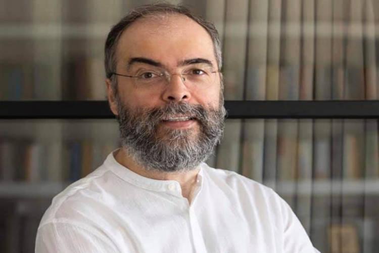 Παραιτήθηκε από κληρικός ο π Ανδρέας Κονάνος