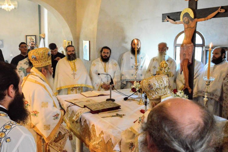 Αρχιερατικό Συλλείτουργο εορτής Αγίας Βάσσης της Εδεσσαίας (ΦΩΤΟ)