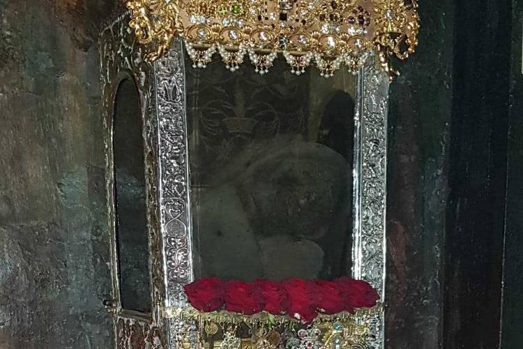Εντός του Ναού η Λιτανεία του Αγίου Σπυρίδωνος
