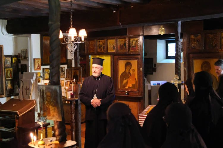 Ο Μητροπολίτης Γαλλίας στη Μονή Αγίας Σκέπης Bussy