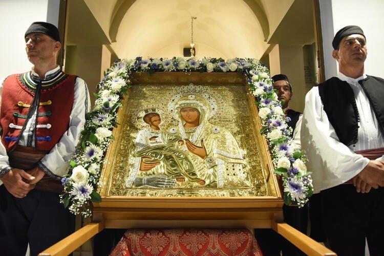 Ιερά Σύνοδος: Οδηγίες για Λιτανείες χωρίς συνωστισμό