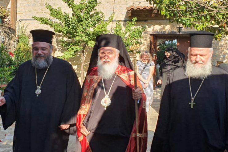 Ο Μητροπολίτης Λήμνου στην Ιερά Μονή Κορμπόβου