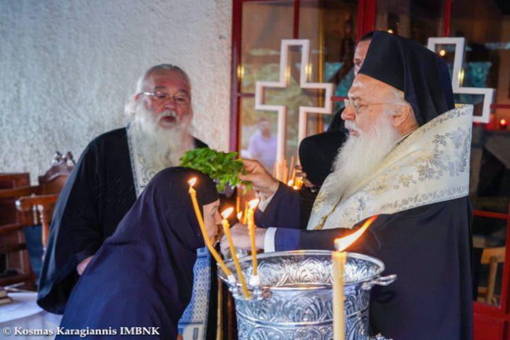 Εγκατάσταση νέας αδελφότητας στη Μονή Παναγίας Πανυμνήτου και Προφήτου Ηλιού Αλιάκμονος (ΦΩΤΟ)