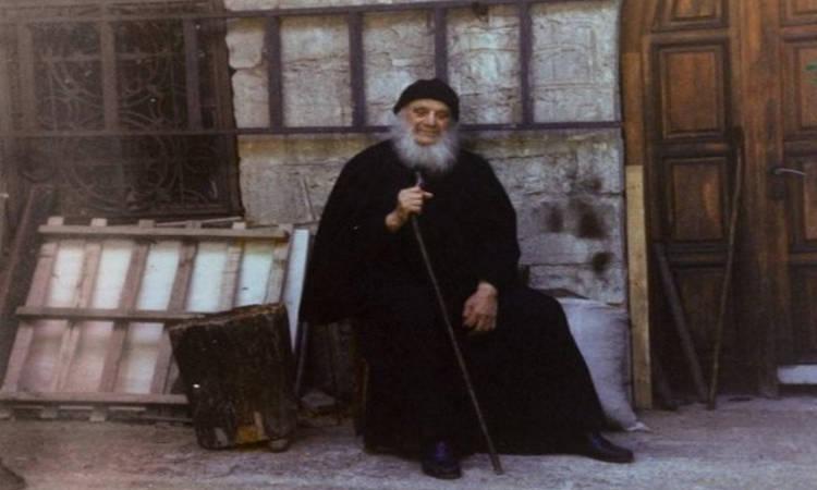 Γέροντας Αμβρόσιος Λάζαρης: Μη στενοχωριέσαι αλλά να προσεύχεσαι
