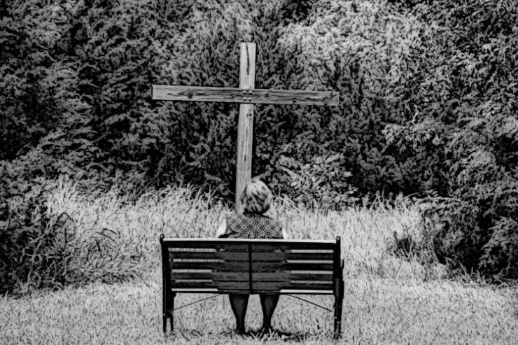 Ο Θεός εγκαταλείπει τον άνθρωπο;