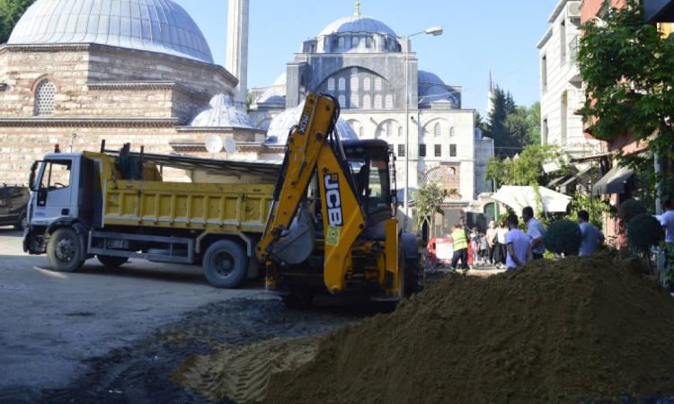 Κατέρρευσε η εκκλησία του Αγίου Γεωργίου στην Προύσα λένε οι Τούρκοι (ΦΩΤΟ)