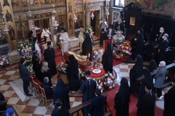 Εξόδιος Ακολουθία μακαριστού Μητροπολίτου Ιταλίας (ΒΙΝΤΕΟ)