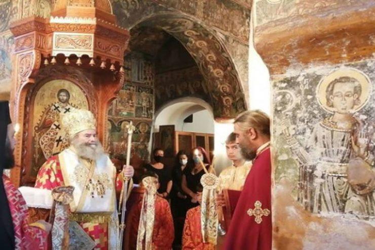 Μάνης Χρυσόστομος: Το κακό θα φουντώνει όσο δεν θα δεχόμαστε τον λόγο του Θεού