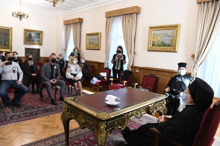 Ο Οικουμενικός Πατριάρχης προσευχήθηκε για τα θύματα του Μεγάλου Λιμού στην Ουκρανία (ΦΩΤΟ)