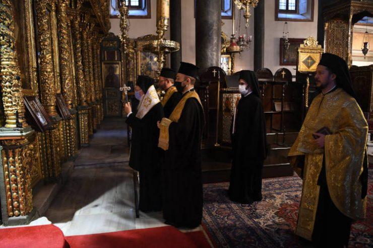 Πατριαρχικό Τρισάγιο για τους αειμνήστους Πατριάρχη Αλεξανδρείας Πέτρο, Αρχιεπίσκοπο Αυστραλίας Στυλιανό και Μητροπολίτη Καισαιρείας Πέτρο